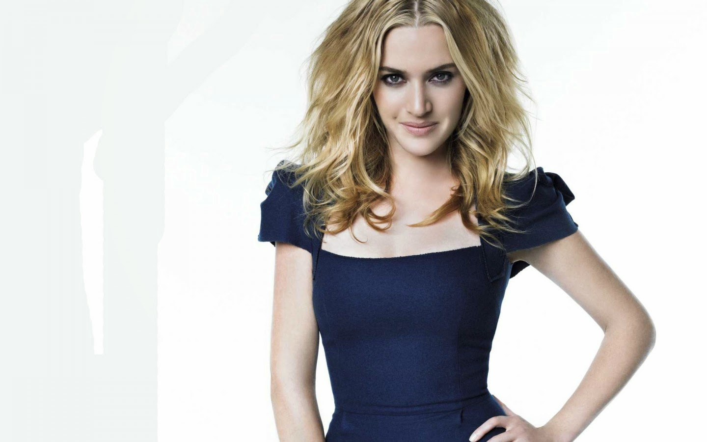 KATE WINSLET_WALLSTOWN_IN_HOLLYWOOD ACTRESS_HOLLYWOOD CELEBRITIES