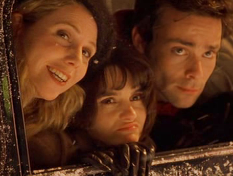Sasha (Sally Phillips), Jude (Shirley Henderson) y Tom (James Callis) en El diario de Bridget Jones - Cine de Escritor