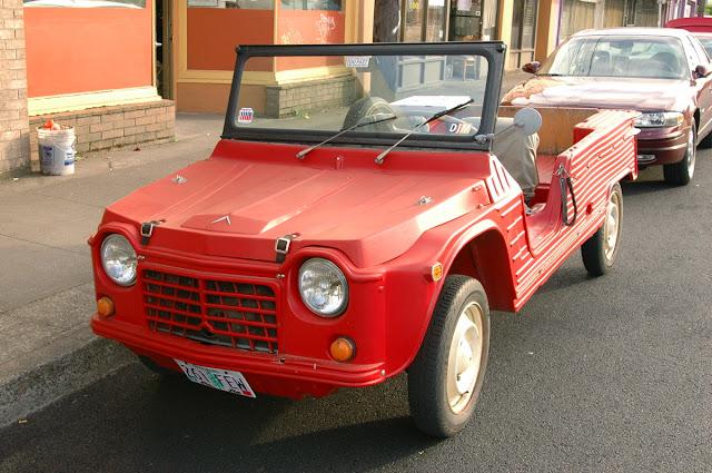 1971 Citroën Méhari.