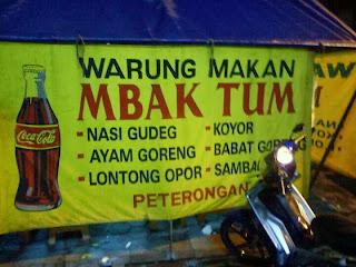 Warung makan gudeg opor mbak tum