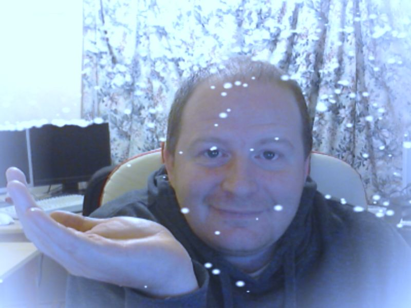 Snow effect with WebcamToy on Chrome