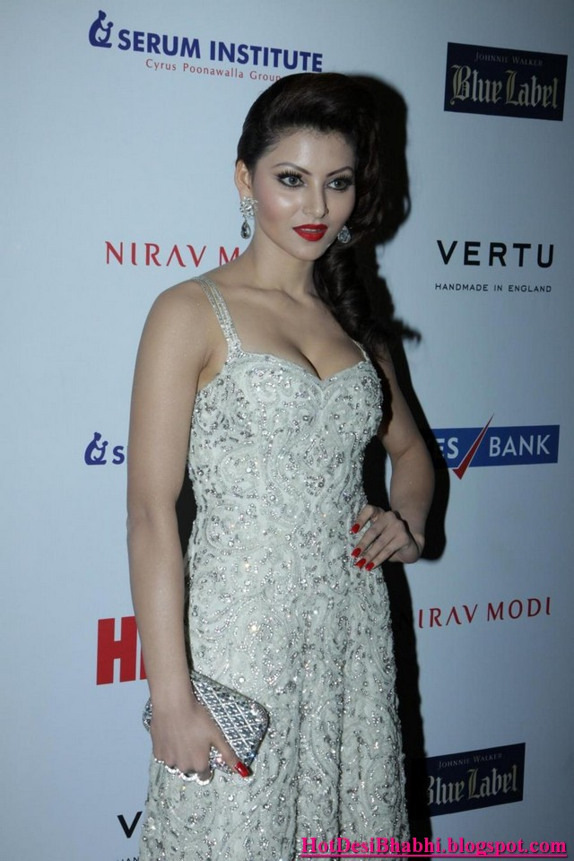 Urvashi Rautela Sexy Photos