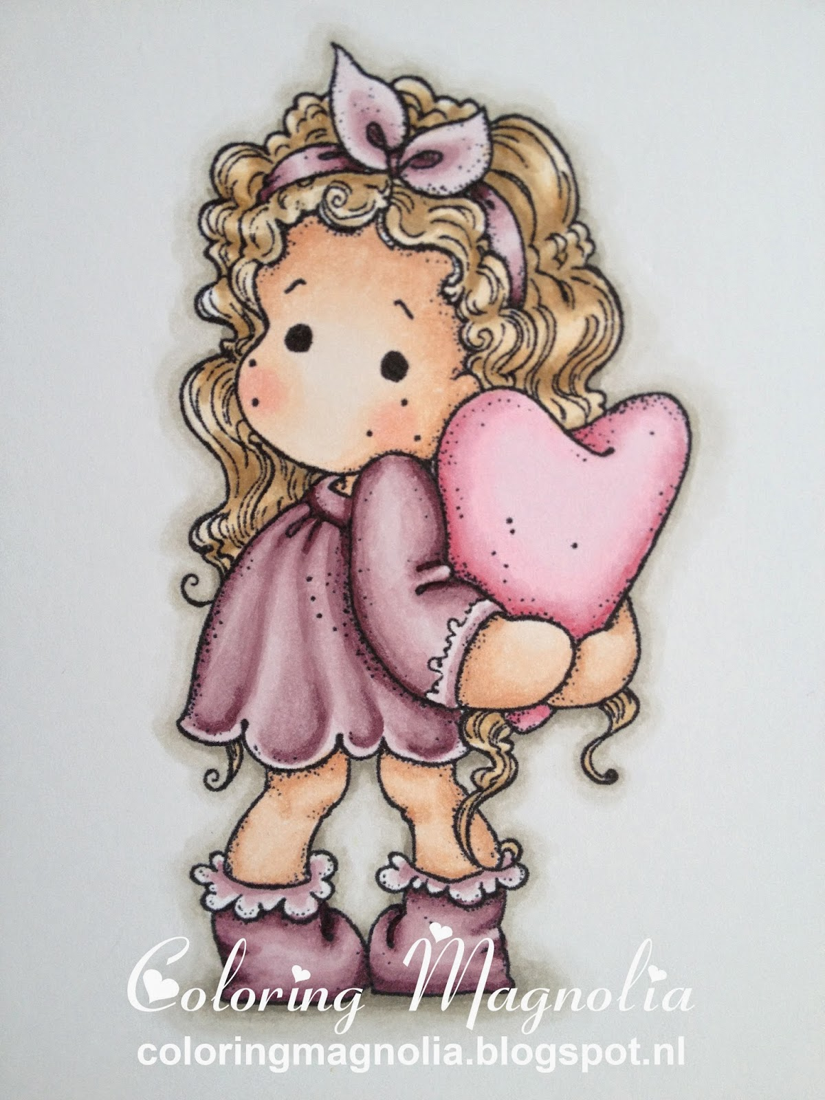 Coloring Magnolia Stamp 2013 With Love Collection - Tilda Hiding Heart