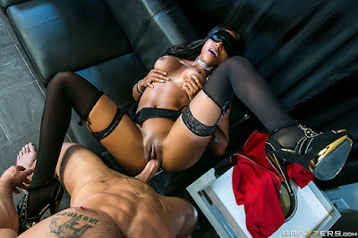 Anya Ivy – A Daring First Date – Brazzers
