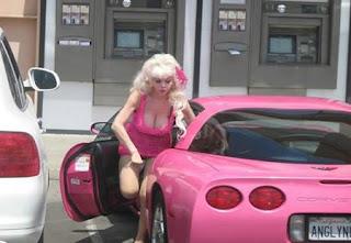 carro-corvette-pink-barbie-foto-1
