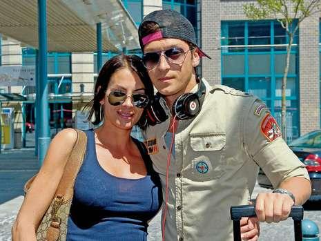 Mesut Ozil With Girlfriend Anna Maria Photos 2012