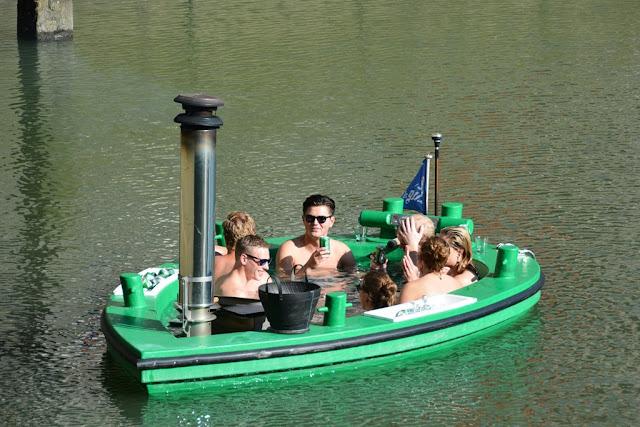 Rotterdam beer boat