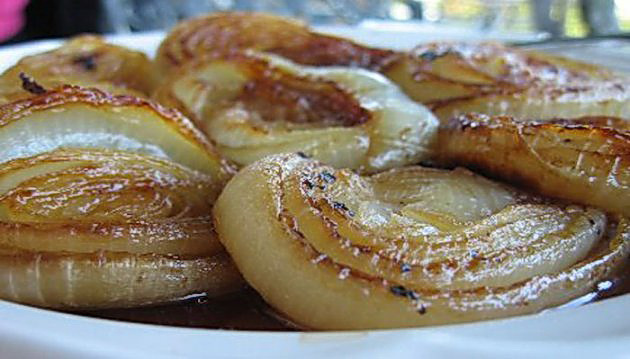 You Won't Believe All The Diseases Baked Onion Helps With