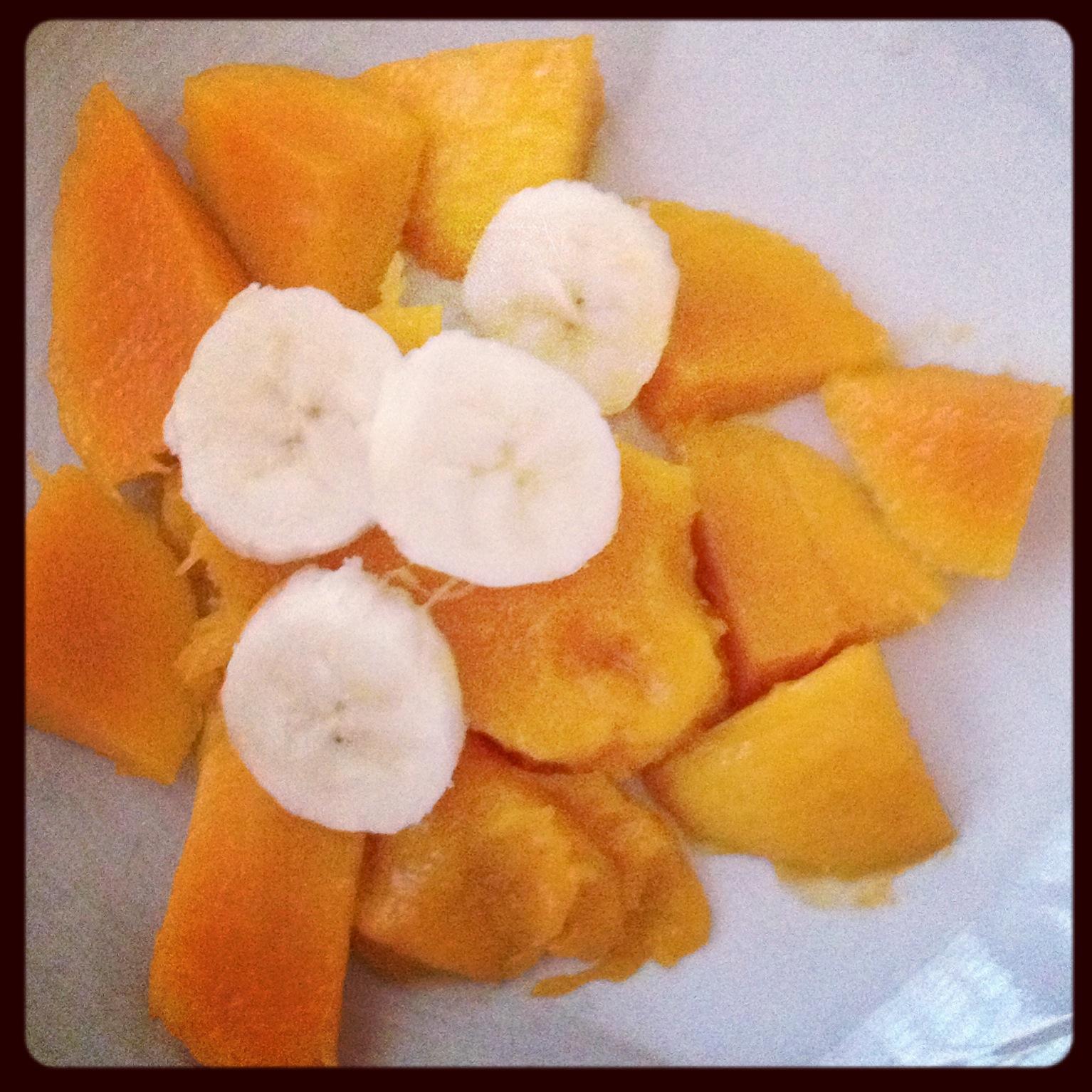 Mango and Banana / Mangó y Guineo