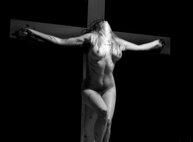 krest-nakrest-erotika