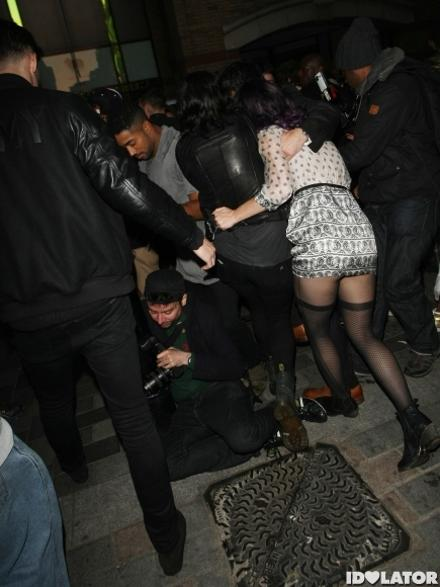 #wtf: Katy Perry drunk and falling at London (photos)!
