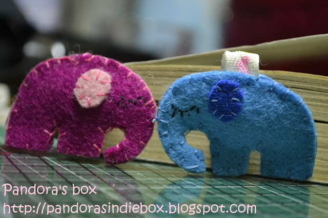 Handmade felt bookmark - Elephant