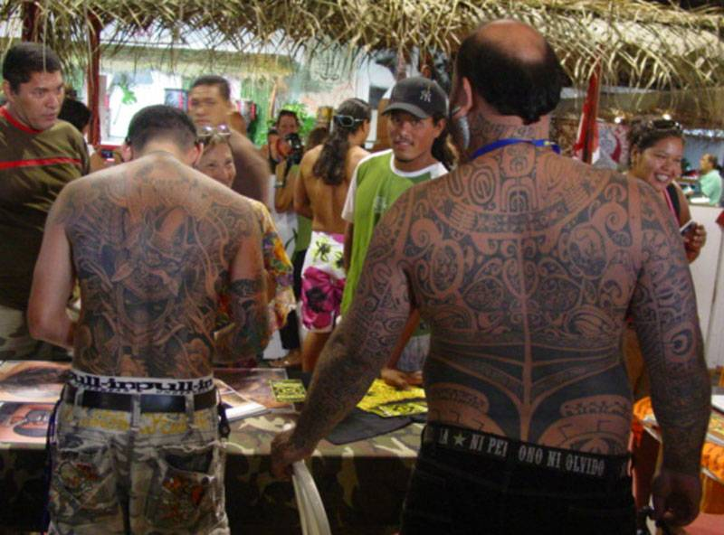Amazon fr Mau Moko Le monde du tatouage maori  - livre tatouage polynesien