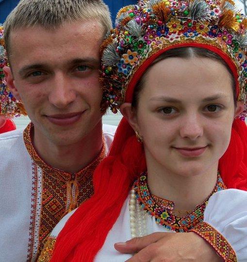 Молодята з Космача на Івано-Франківщині