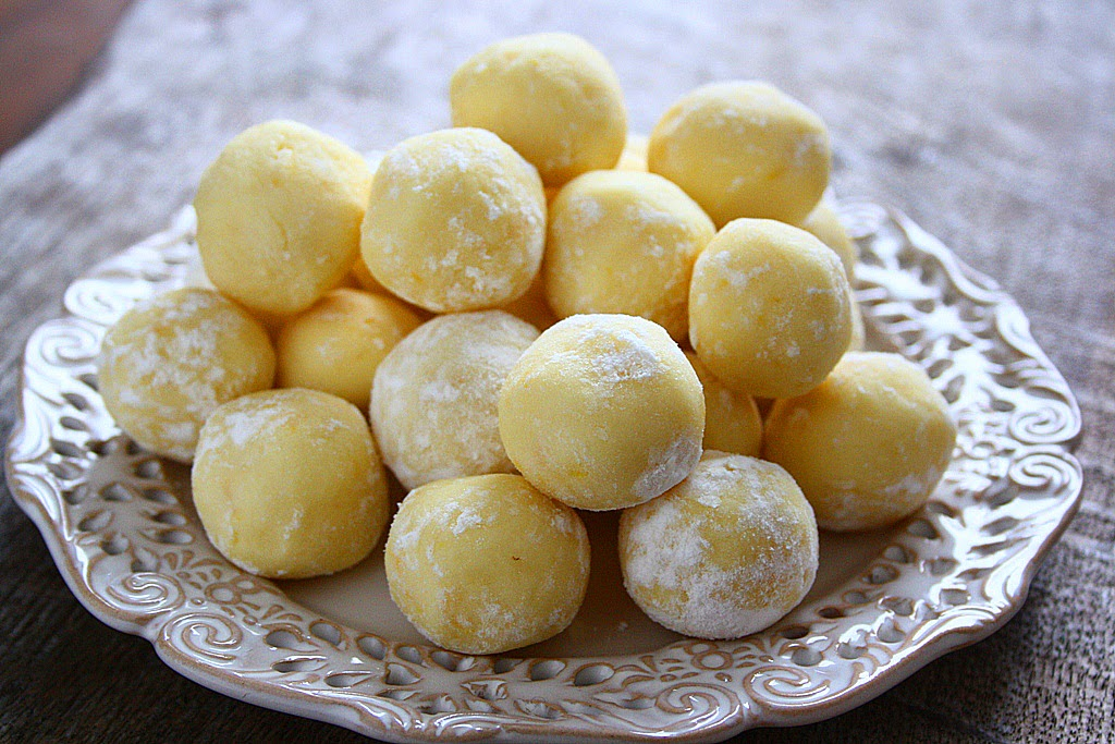 Collecting memories white chocolate lemon truffles for White chocolate truffles recipe uk