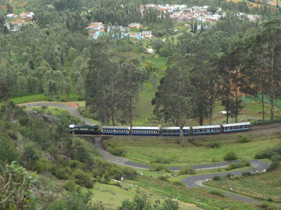 Nilgiri Mountain Railway (NMR) Ooty,India   Photo :: Prasad Knsv