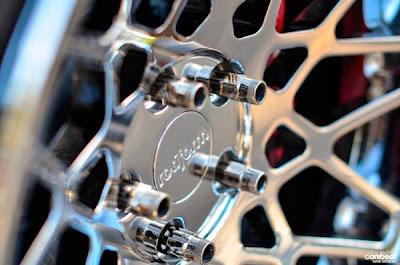 Hyundai Genesis Top