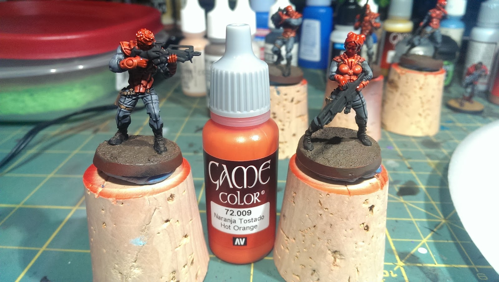 Game color vallejo - I Used A Fine Detail Brush To Highlight The Reds With Vallejo Game Color 72 009 Hot Orange Applying The Mat Varnish Before This Step Is Important So The