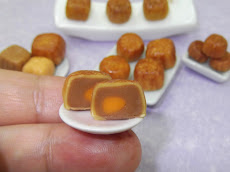 Miniature Moon cake