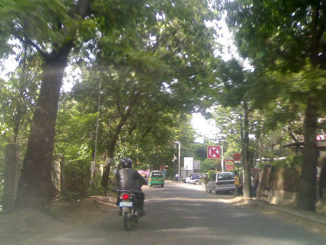 Jalan tamansari Bandung