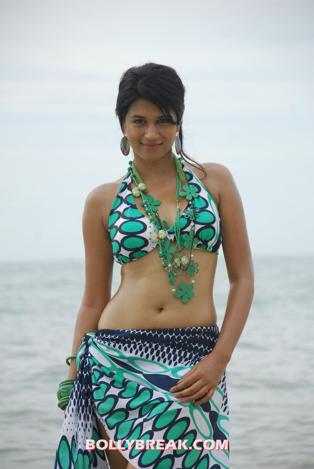 Suggest you Shraddha das hot bikini