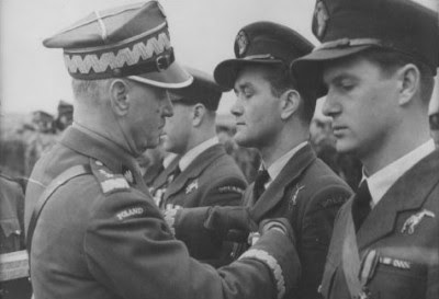 General Sikorski awards Silver Cross of Virtuti Militari to ace Polish pilot Jan Zumbach Dec. 23, 1940