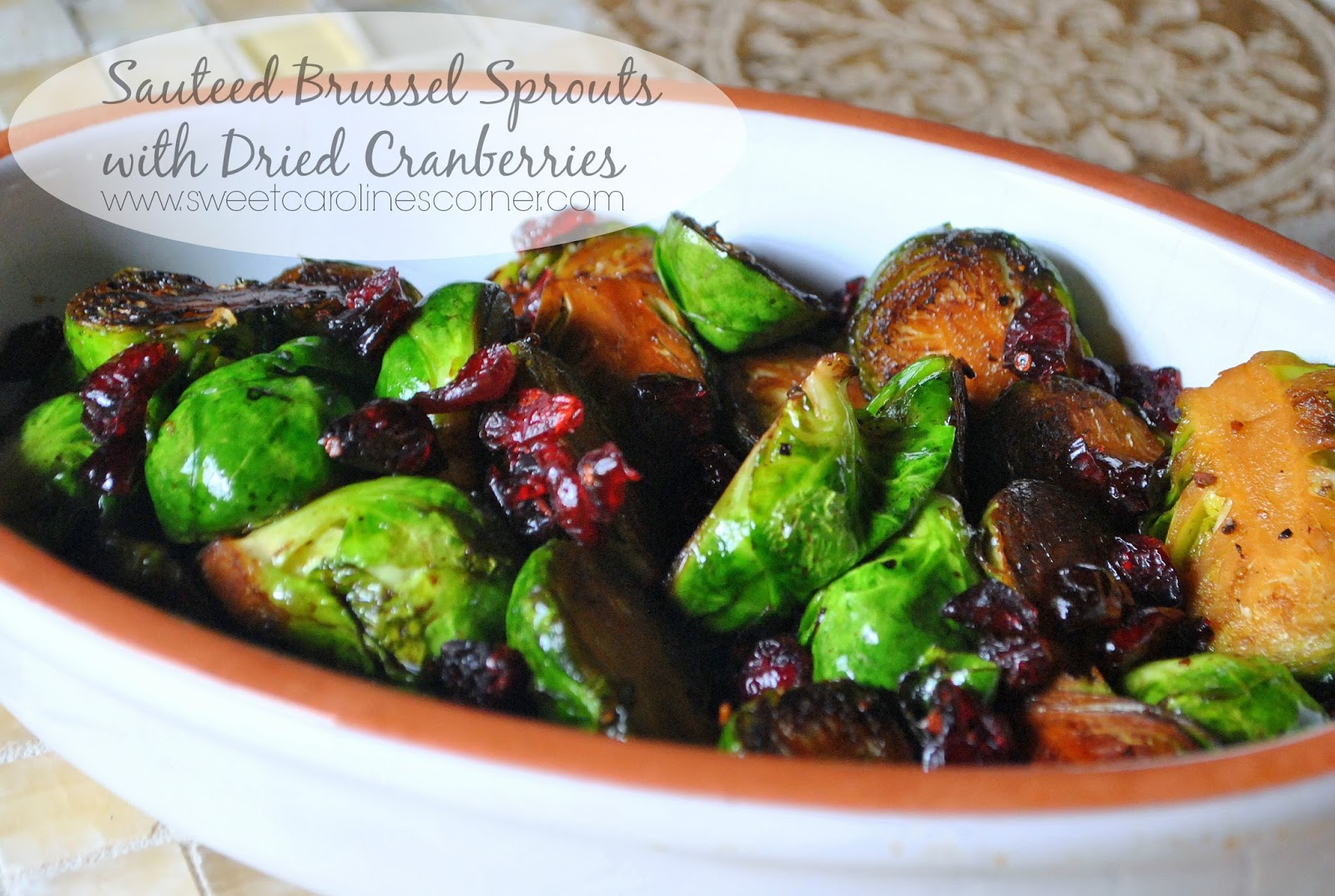 sautéed brussels sprouts with dried cranberries (couves de bruxelas com cranberries secas)