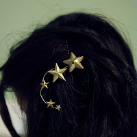 http://hellowhimsy.blogspot.co.uk/2012/08/diy-rodarte-star-hair-pins-tutorial.html
