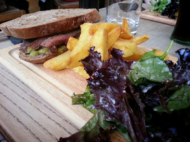 Food and Restaurant Reviews, Oxfordshire. FoodieOnTour