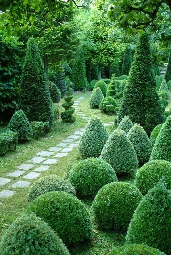 10 Beautiful Pictures Gardens Topiary Photos Hub