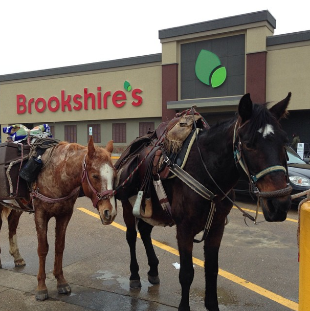 Horses in town, Brookshire's Grocery Store, Ride Your Horse to the store