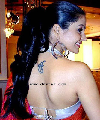 bollywood and hollywood actor actresses with body tattoo hot actress with tattoo angelina. Black Bedroom Furniture Sets. Home Design Ideas