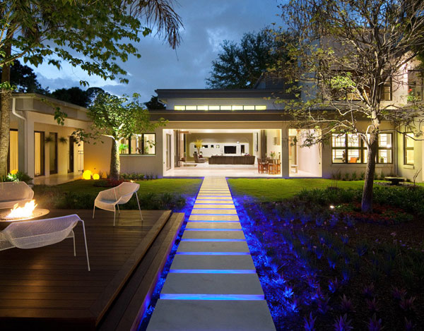 U201cMiwau201d, A Modern, Custom Home By Phil Kean Designs, Inc., Earned One Of The  Home Building Industryu0027s Highest Honors When It Captured The Coveted Golden  ...