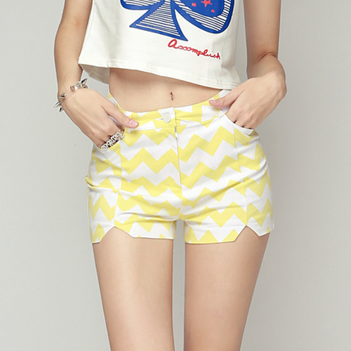Zigzag Highwaist Shorts