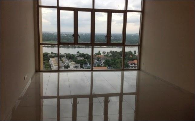 Phòng khách căn hộ The Vista 2 phòng ngủ view sông