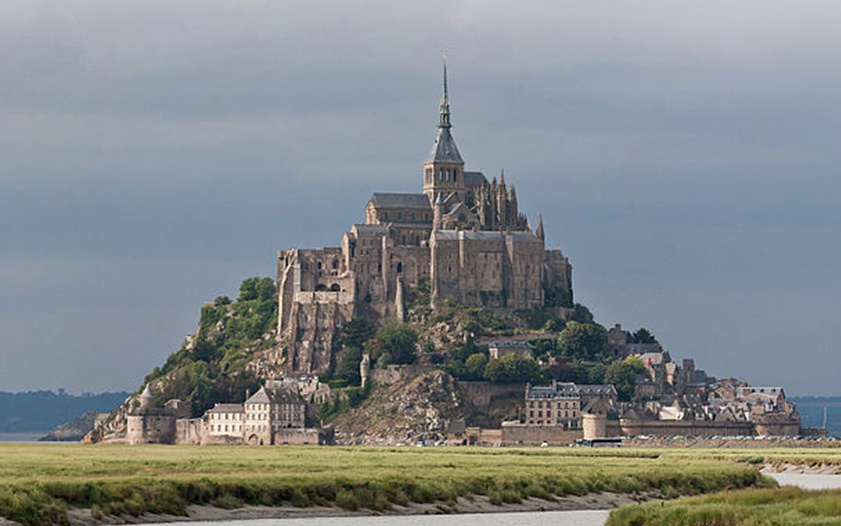 mont st michel and chartres