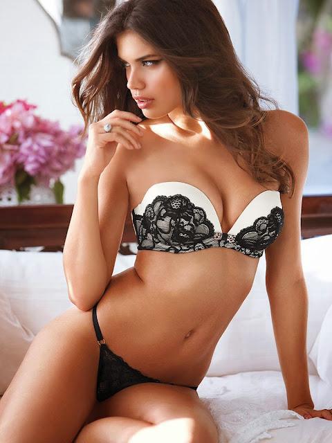 Sara Sampaio Bikini Model