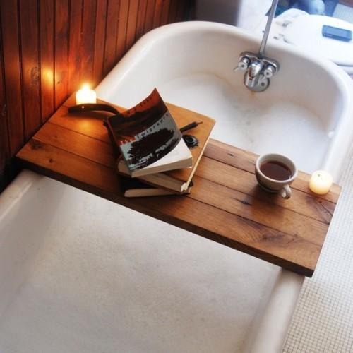 source. La Maison Boheme  Bath Caddy