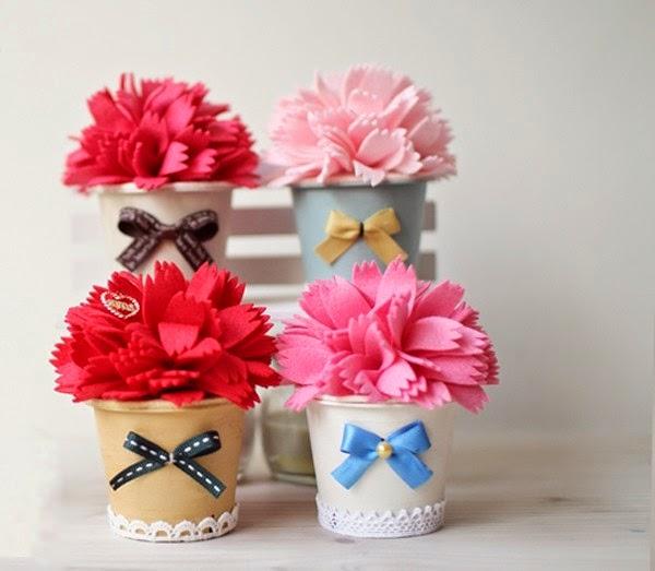 flores de tela en macetas de vasos reciclados ~ solountip