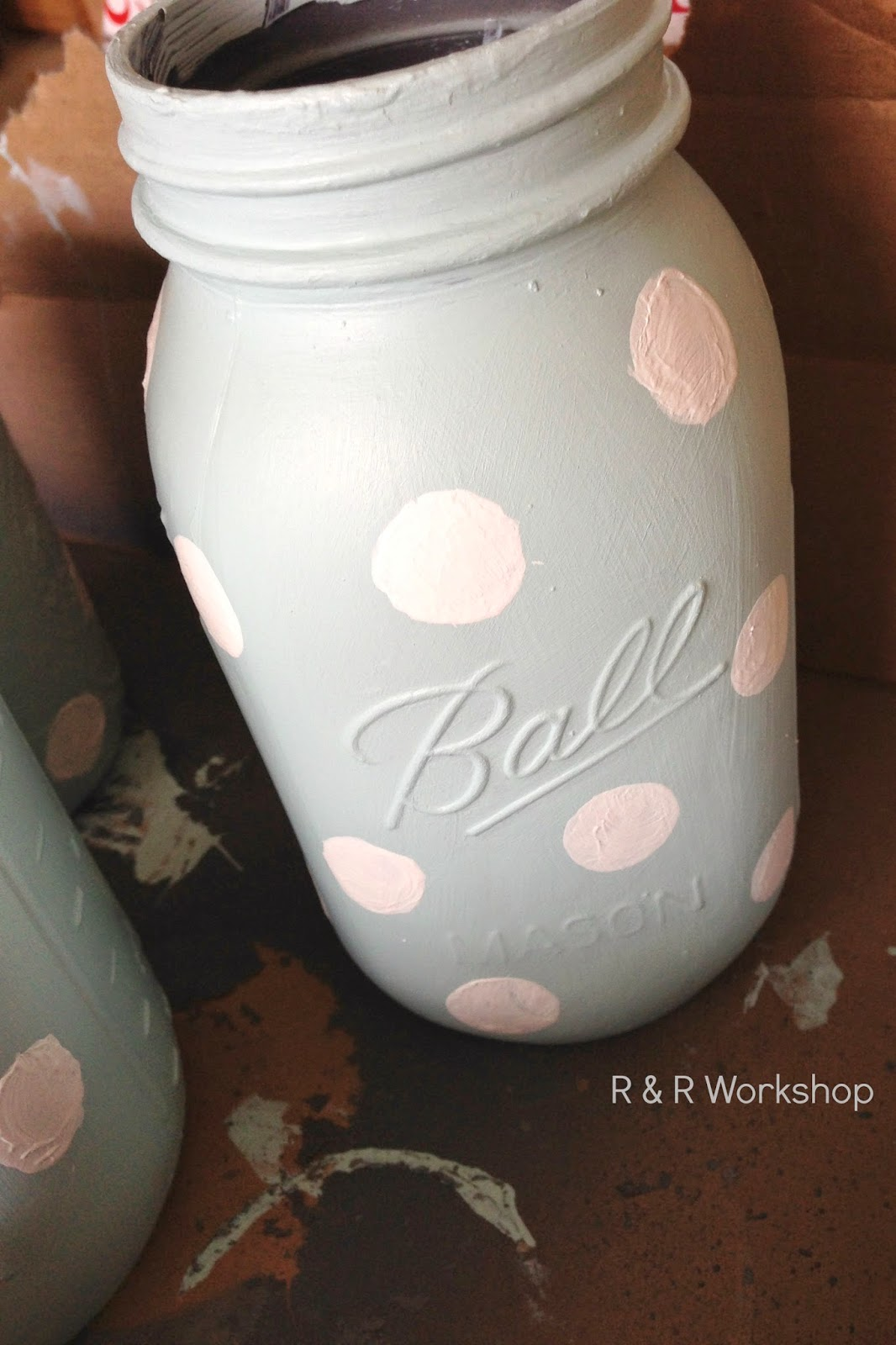 R  R WorkshopDIY Polka Dot Jars