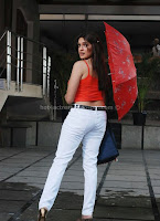 ADHITI, AGARWAL, HOT, CLEAVAGE, SHOW, in, red, top, in, rain