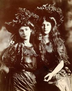 Edwardian girls
