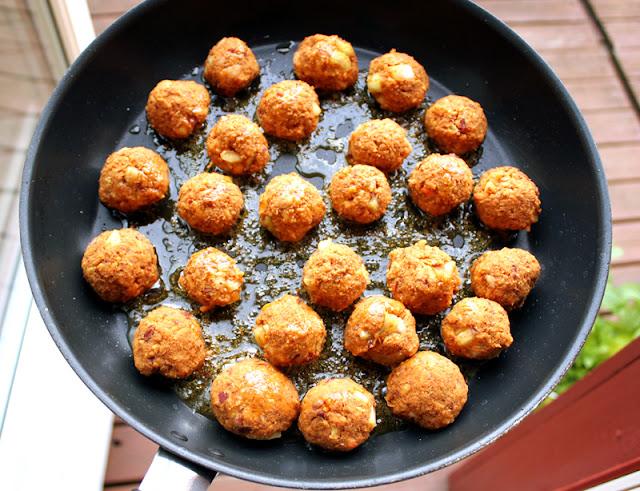 Oppskrift Masalaboller Kjøttfrie Kjøttboller Hjemmelaget Nudelrett Bønneburgere Kikerter Kidneybønner Tandoori Masala