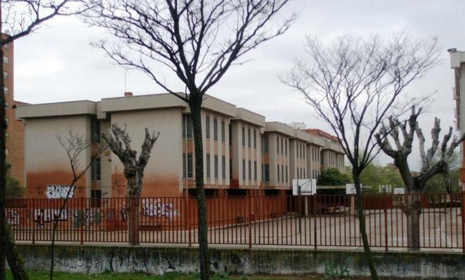 Prensa especializada primer colegio concertado para ni os - Colegio escolapias madrid ...