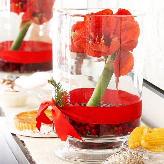 simple christmas centerpieces for your holiday table - Simple Christmas Centerpieces