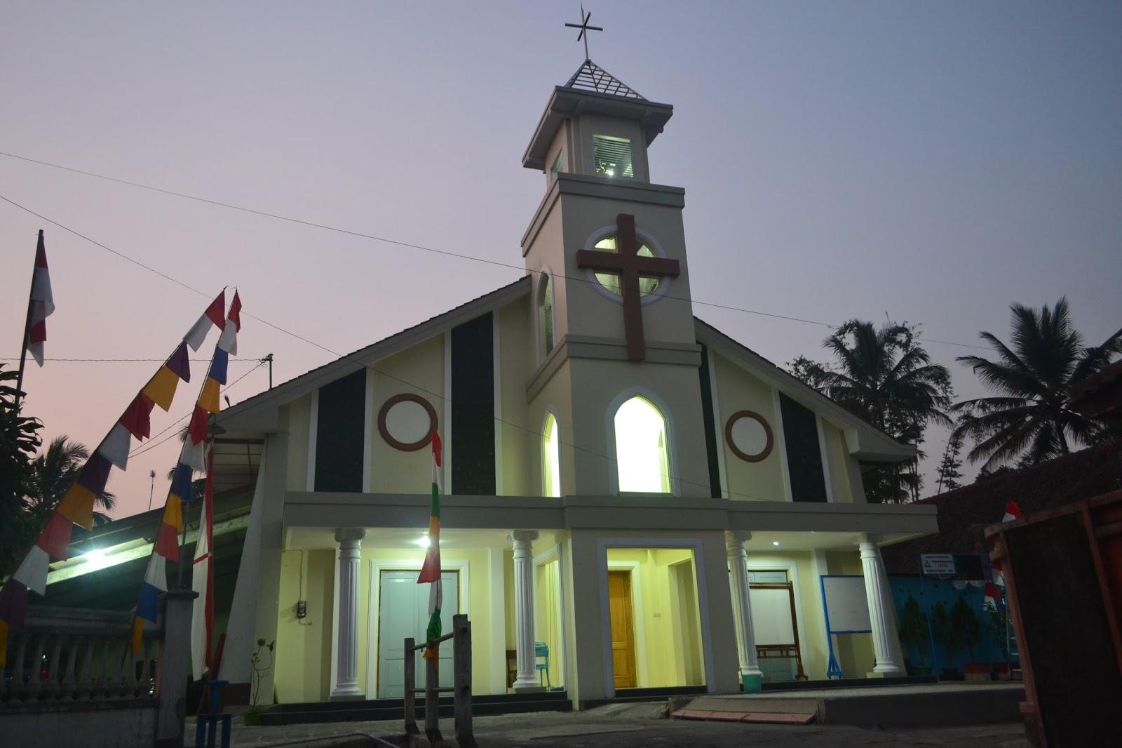 Paroki St. Kristoforus Banyutemumpang