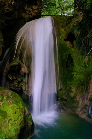 Preciosas Cascadas Nacedero del Urederra