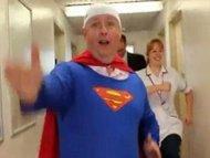 Hindari Stres, Kepala Rumah Sakit Jadi Superman