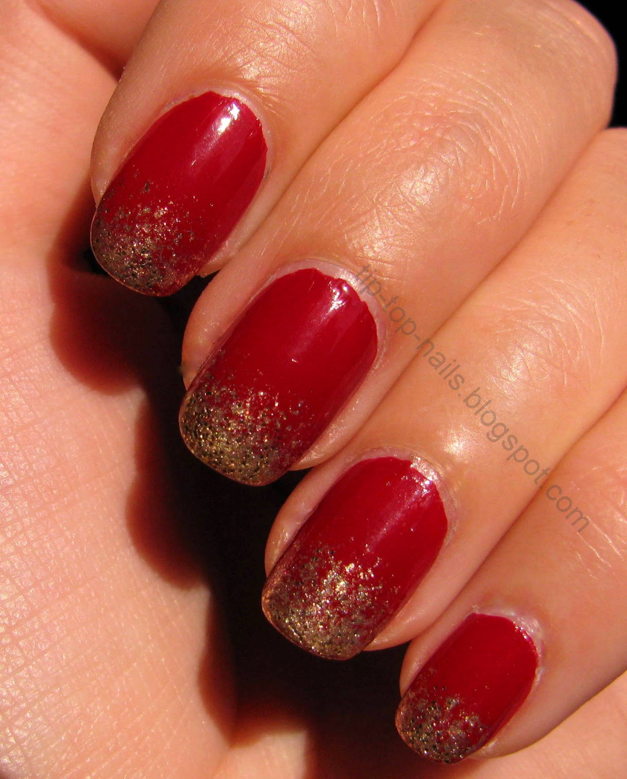 Red and gold nails , Julep demi | Tip-Top-Nails
