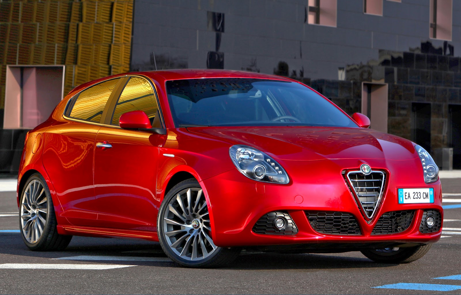 2012 alfa romeo giulietta pictures newsautomagz. Black Bedroom Furniture Sets. Home Design Ideas